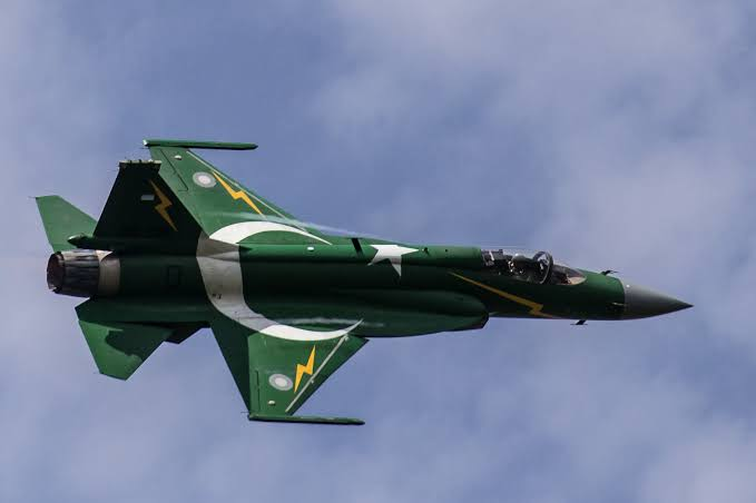 Pak 'fighter jet' violates Indian space along LoC in Poonch