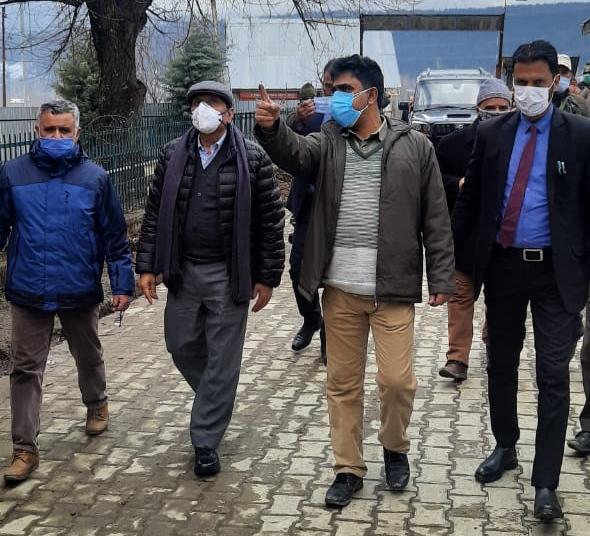 Advisor Bhatnagar conducts surprise inspection of GHSS Chandi Lora, CHC Gulmarg