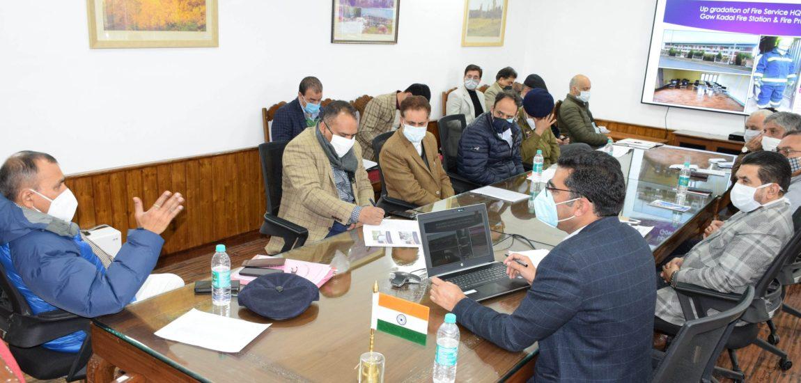 LG's Principal Secy reviews Srinagar Smart City projects