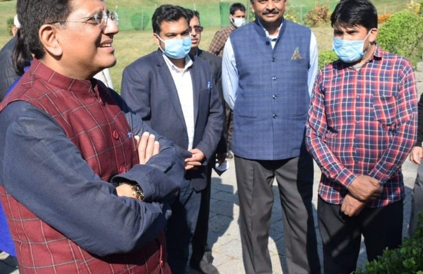 Union Minister Piyush Goyal concludes visit to J&K