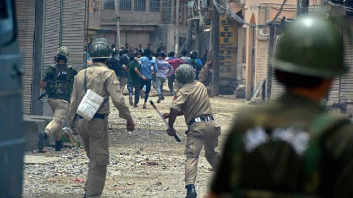 South Kashmir: Death toll mounts to 9 as 4 more civilians killed