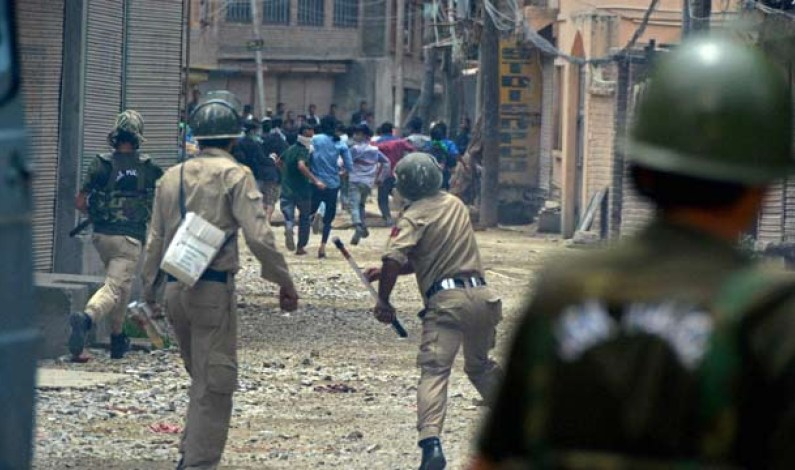 Youth killed during clashes with government forces in Pulwama