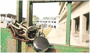 Several unregistered clinics, labs sealed in Srinagar
