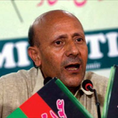 If 'Indian agents' Omar and Mehbooba are dubbed 'Pakistani agents' then nobody is Indian in Kashmir: Er Rasheed