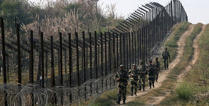Armies of India, Pak exchange gunfire along LoC in Mendhar