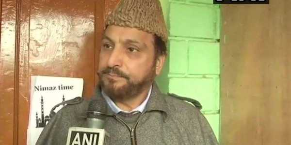 India offered ceasefire since it is losing ground in Kashmir: Grand Mufti
