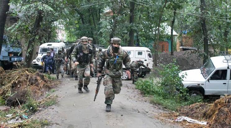 3 militants slain in Pulwama gunfight, 2 army men injured