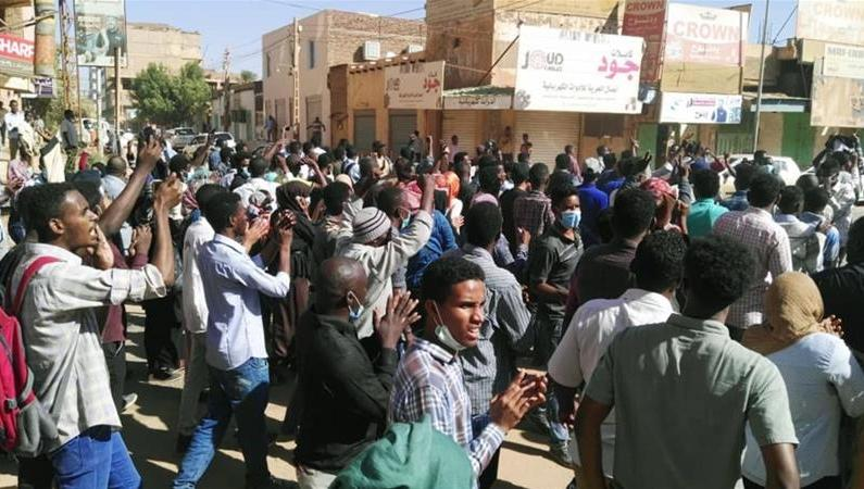 14 killed in clashes at IDPs camp in Sudan's Darfur region