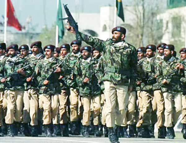 """Imran Khan authorizes Pakistan army to respond decisively to any """"aggression by India"""""""