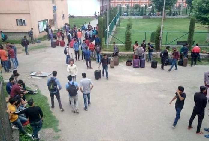 J&K Security Advisory: Over 500 students leave Jammu by trains to hometowns