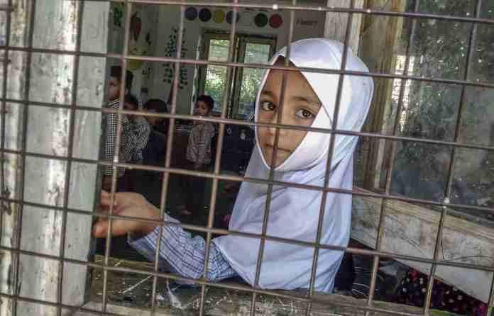 Pashto girls in Kashmir