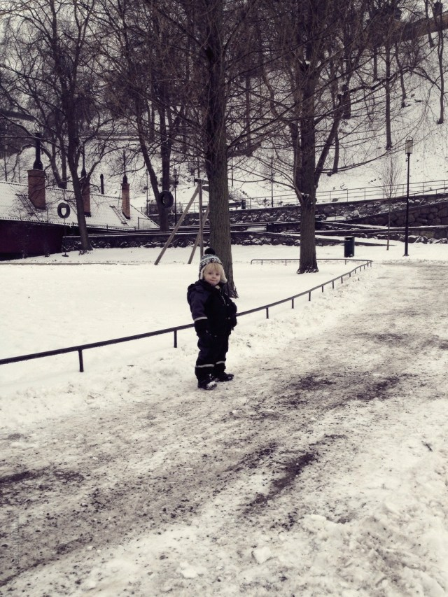 An English Mamma in Stockholm: toddler in snow playground