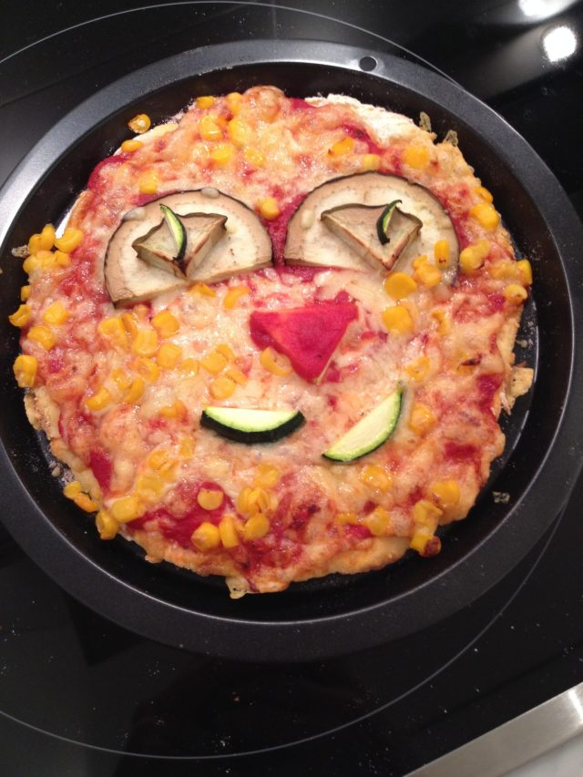 An English Mamma in Stockholm: cat face gluten free pizza