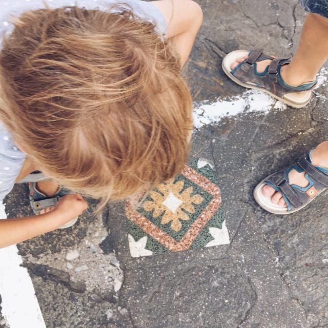 The Kat Edit: quiet side of Mykonos chora mykonos town floor tiles