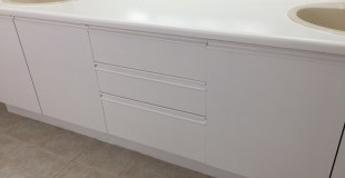 How to Paint a Vanity Counter Top