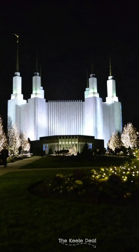 Looking for something fun to do during the Holidays in DC? The Washington DC LDS Temple grounds will shine with more than 450,000 Christmas Lights. The lights will be on from Dusk to 10pm. Viewing these lights as well as Christmas Performances is Free. thekeeledeal.com