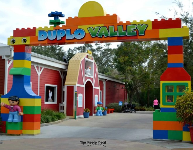 Duplo Valley at Legoland Florida Resort has tons of fun rides for toddlers, that everyone can ride. thekeeledeal.com
