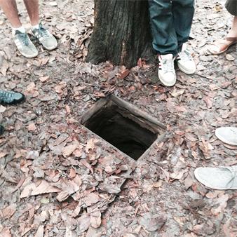 Cuchi-Hole