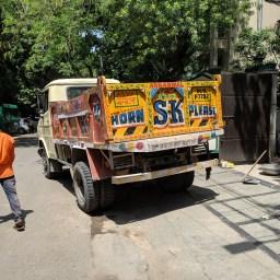 India: Please Honk