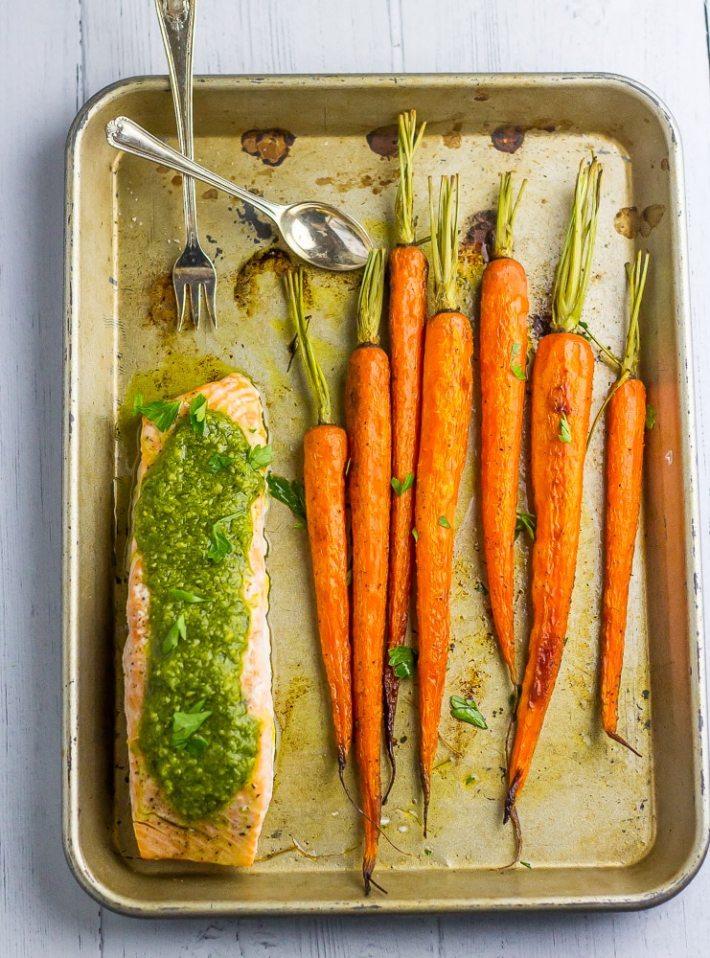 Keto friendly Pesto Salmon~IGNORE the carrots!