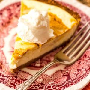 Low Carb Pumpkin Cheesecake Pie