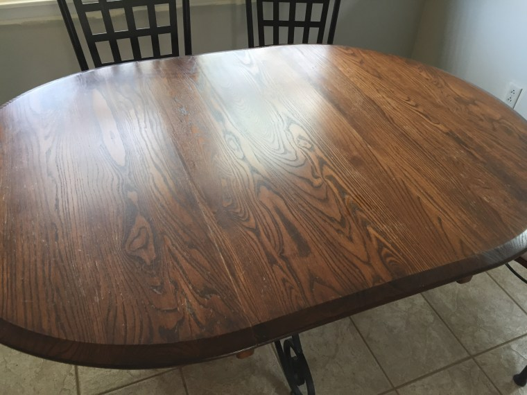 Refinish Kitchen Table in Farmhouse Style - The Kelly Homestead