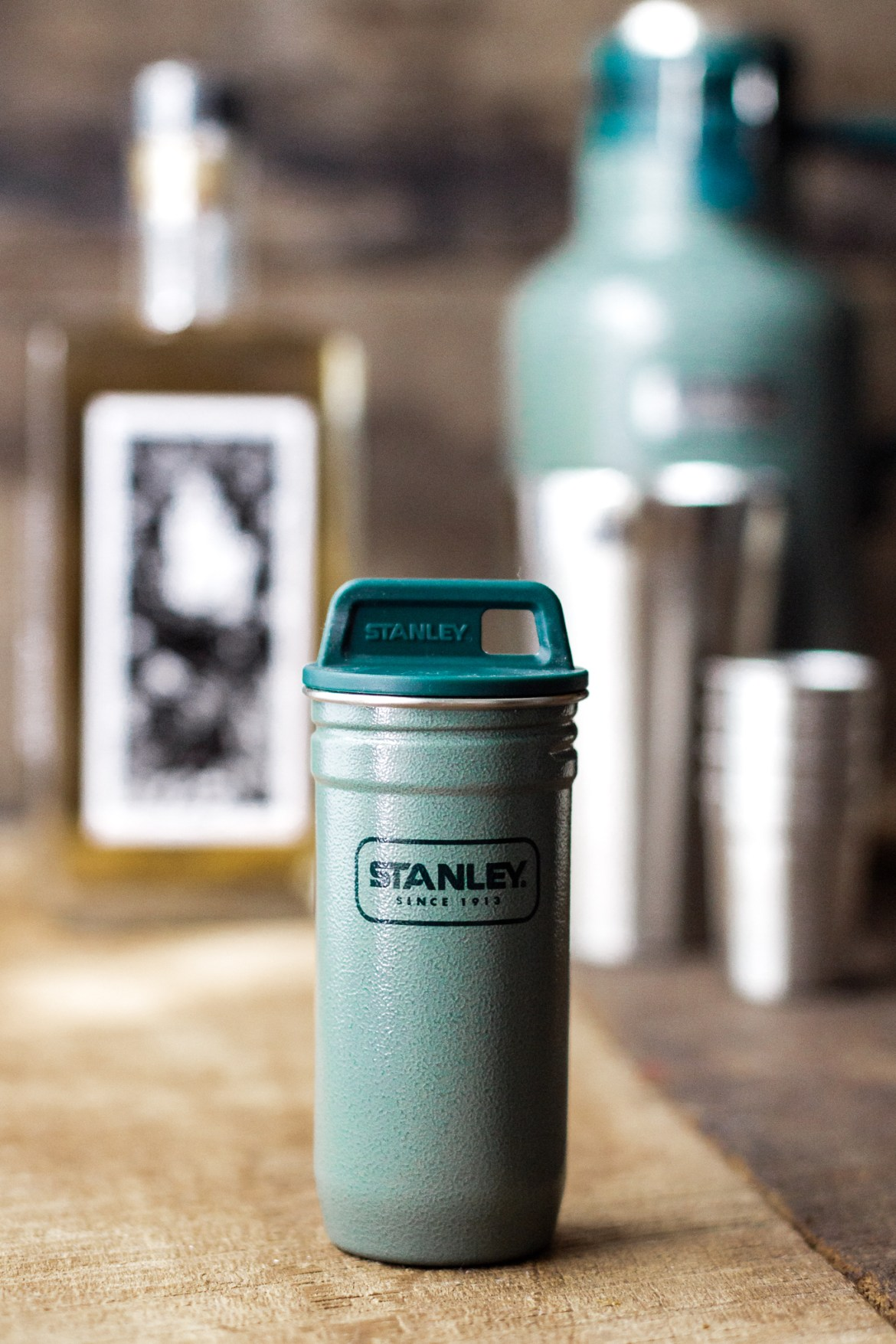 fathers day gift ideas, gift ideas for dad, stanley brand, stanley brand beer growler, beer gifts for dad