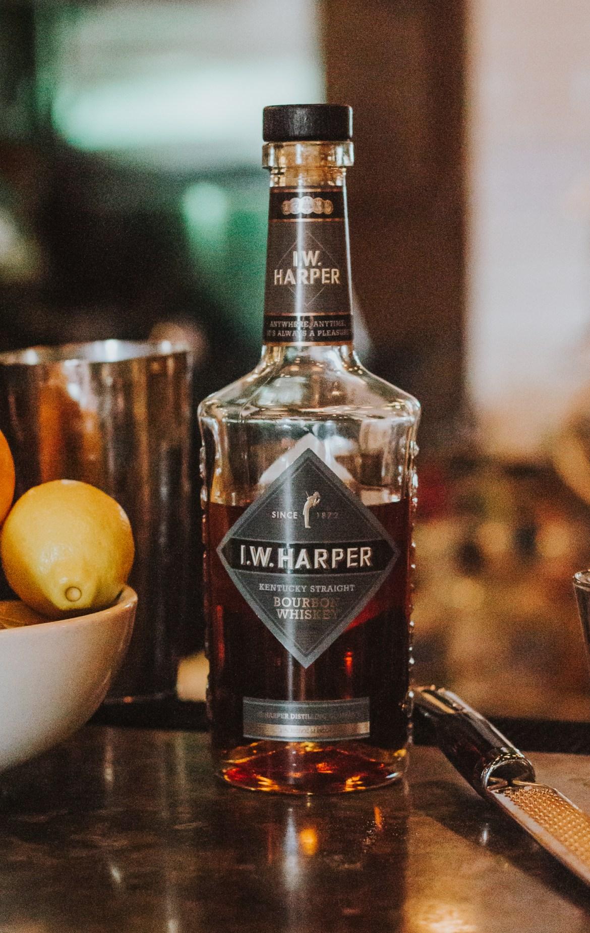 bourbon mixology, Doc Crow's Southern Smokehouse & Raw Bar, louisville kentucky bars, iw harper bourbon, bourbon cocktails