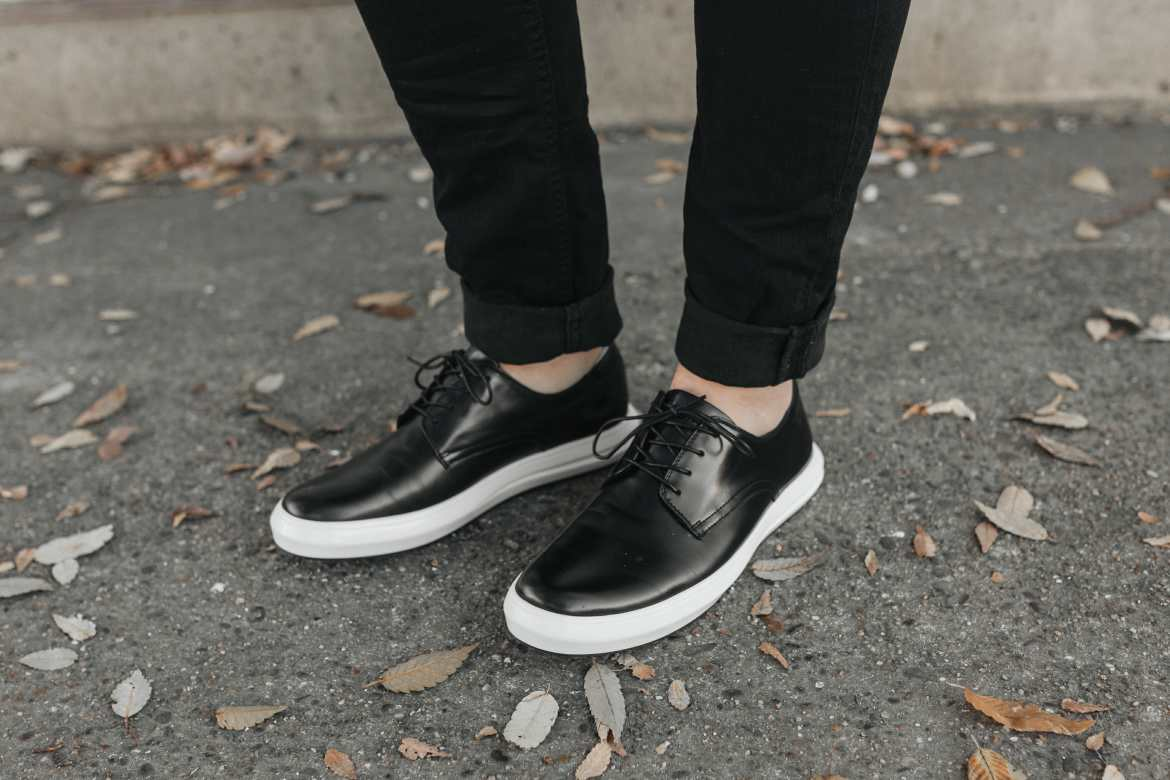 black and white kenneth cole shoes