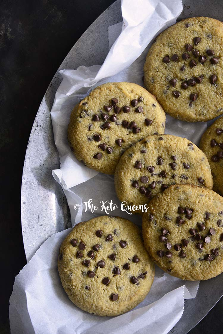 Low Carb Keto Chewy Chocolate Chip Cookies Recipe