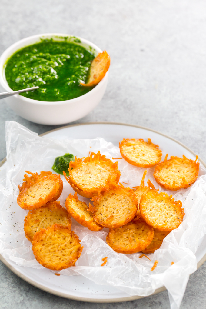best pesto recipe - Easy and Homemade pesto with homemade parmesan cheese crisps