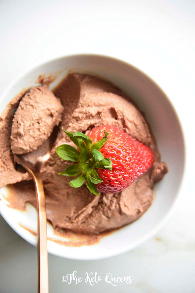 Easy Keto Chocolate Mousse Recipe. We love this low carb chocolate mousse because it's super easy to make and has minimal ingredients!