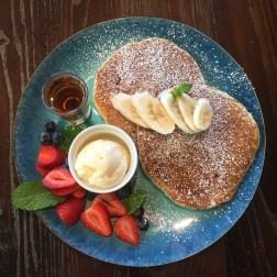 Banana and Caramel Pancakes