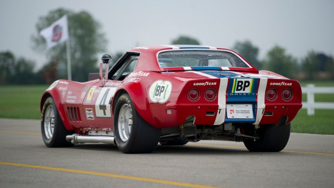 1968-corvette-no-4-race-car