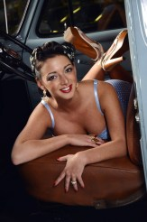 pinup-girl-1967007_1920