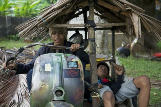 Indonesians-Oddest-Motorbikes-Ever-016