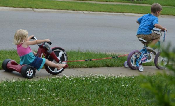 kidsridingbikes