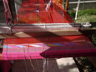 Tai Lue weaving at Sawadee Craft, The Kindcraft