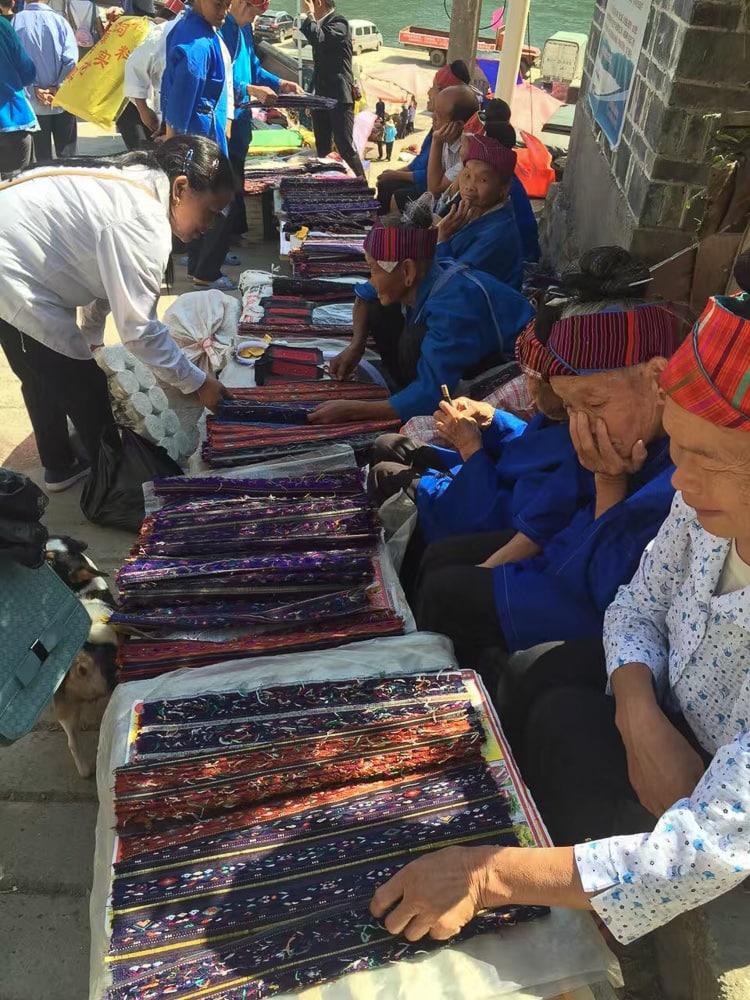 Miao market