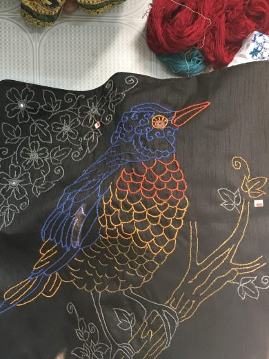 Uttara embroidery of colorful bird – Handmade Textiles of Bangladesh