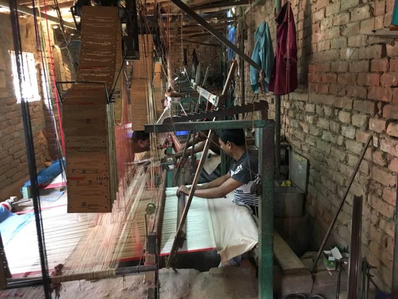 Benaroshi weaving loom – Handmade Textiles of Bangladesh
