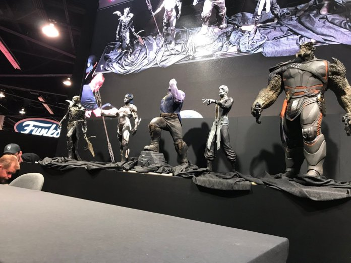Proxima-Glaive-Ebony-Maw-Cull-Obsidian-Black-Dwarf-Black-Order_D23-Avengers-Infinity-War