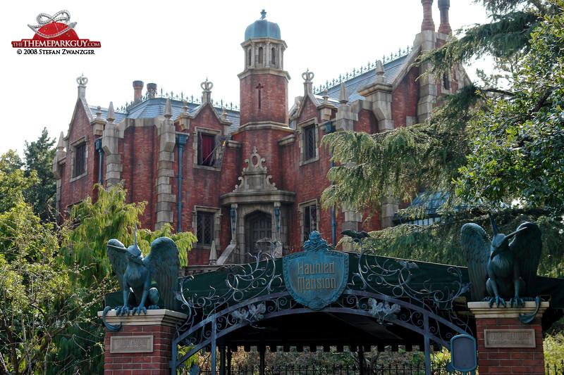 The Original Cost To Build Disney World