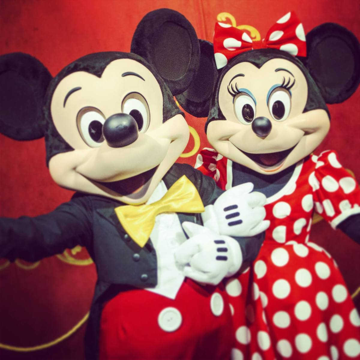 New Mickey & Minnie's Surprise Celebration Coming to the Magic Kingdom in 2019