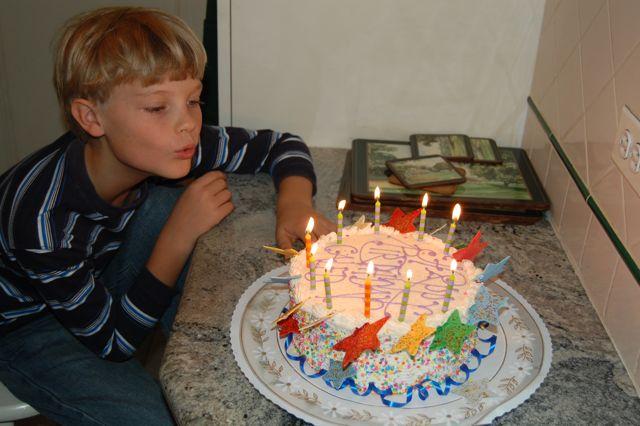 Caleb and NYC cake