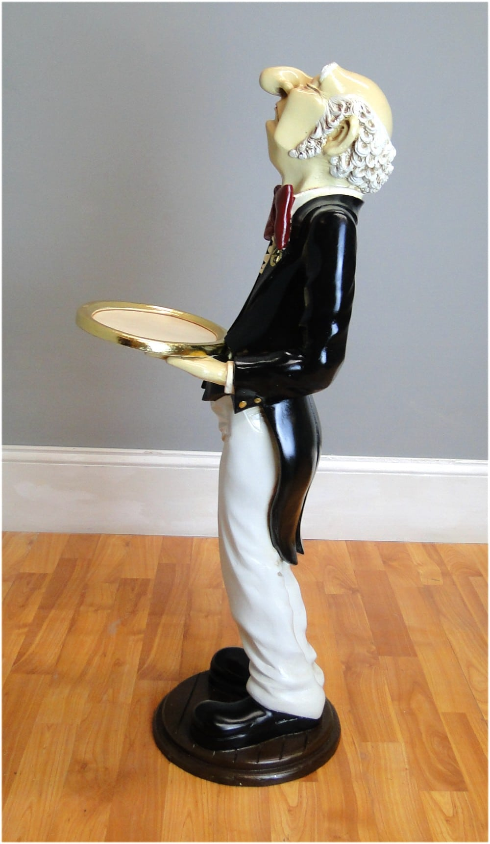 Snobby Butler Statue 3 Wine Waiter with Gold Leaf Tray in