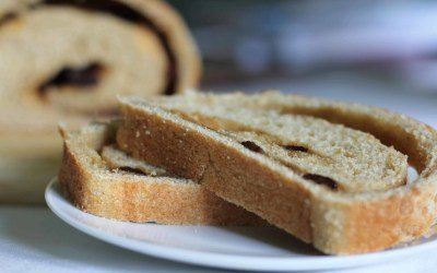 Whole Grain Cinnamon Raisin Bread