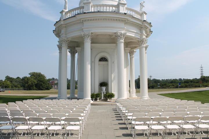 Engayged: Top 5 Gay-Friendly Wedding Venues in Kentucky