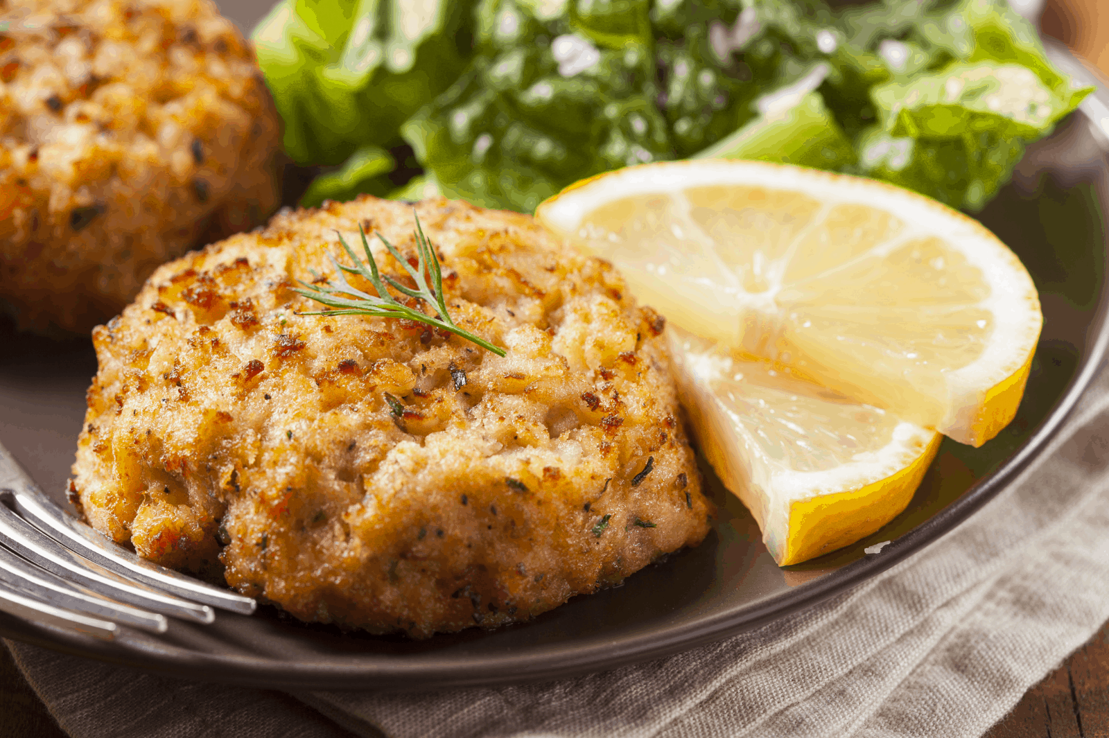 How Long to Bake Frozen Crab Cakes