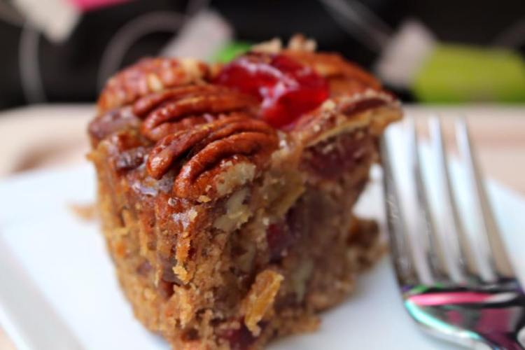 Collin Street Bakery Fruitcake Review3